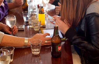 Grootse risico van alcohol drinken op het lichaam is kanker